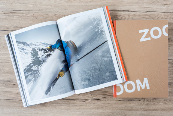 zooom-20-years-book_DSC7920.jpg